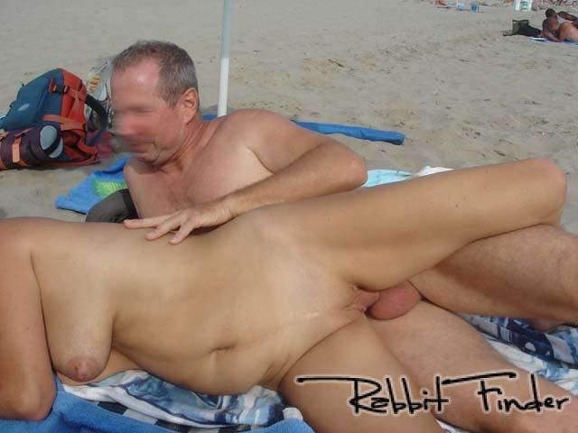sex girl sexe a la plage
